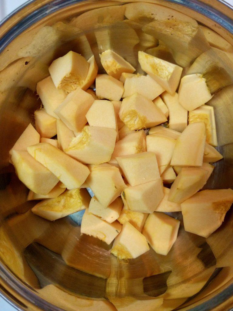 pumpkin-puree_cubed-in-pot-2-2